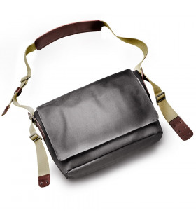 BOLSA LONA BROOKS BARBICAN MEDIANA (GRIS)